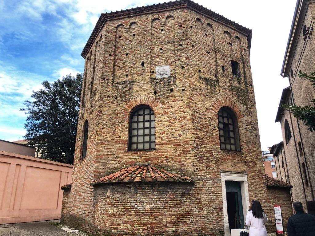 Baptysterium Ortodoksów