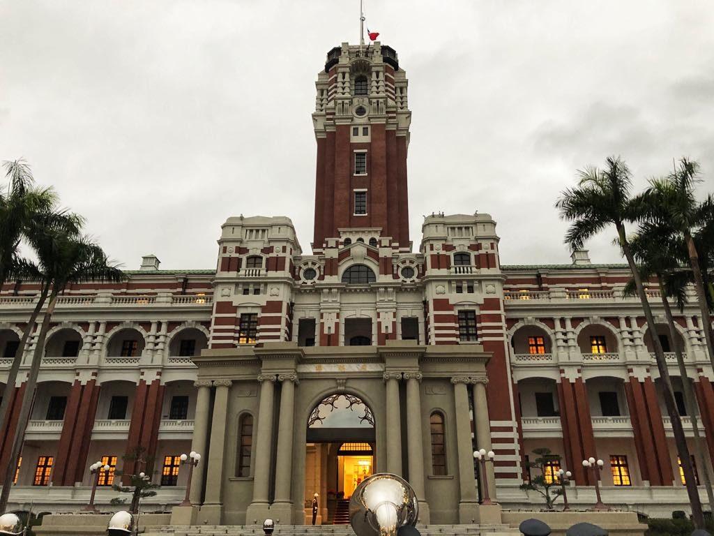 Presidential Office Building_zmiana warty_2