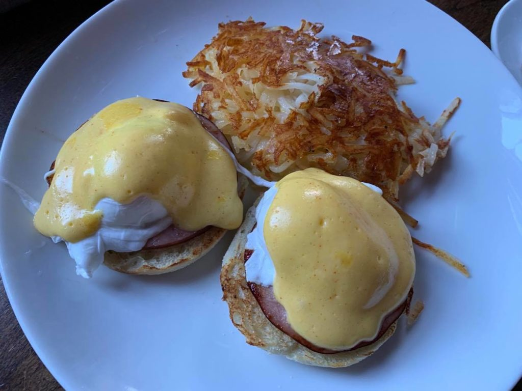 Eggs Benedict Hollywood
