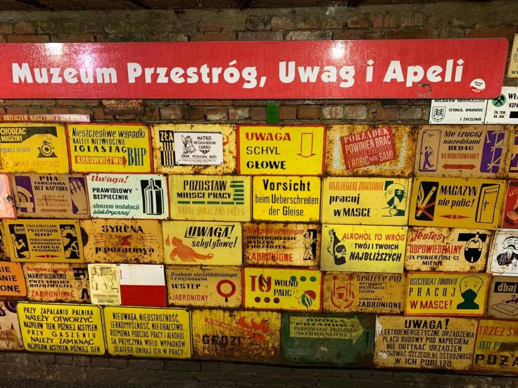 Muzeum Przestróg_Uwag i Apeli_Złoty Stok
