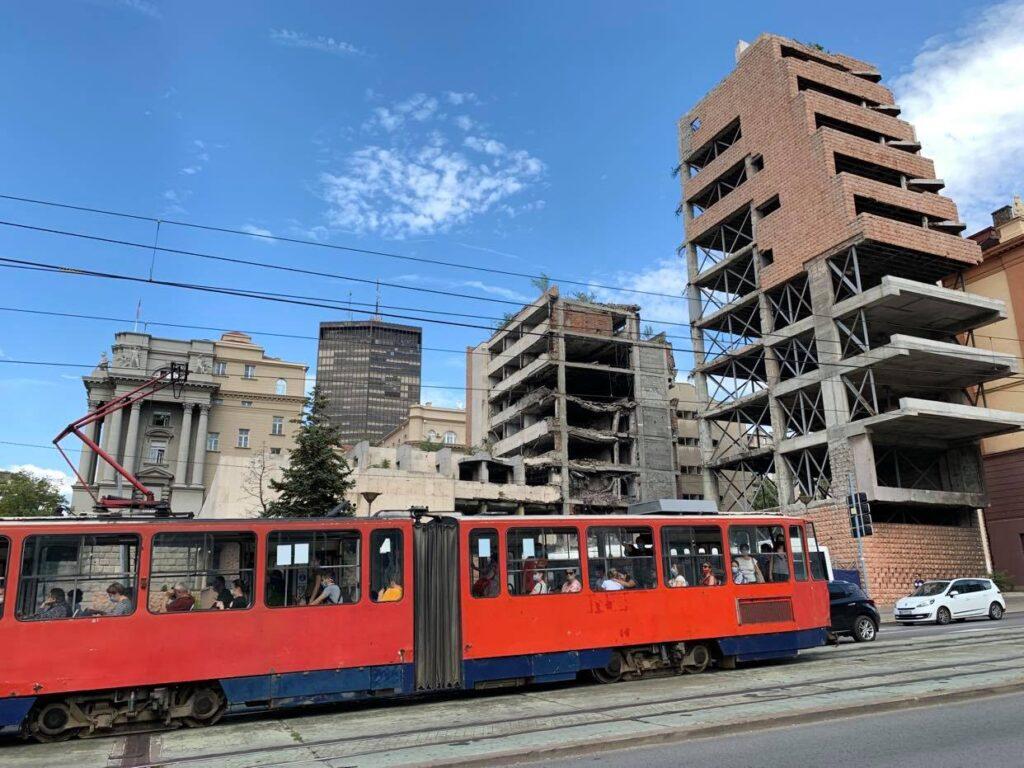 Wydział Bezpieczeństwa Publicznego zburzony przez NATO