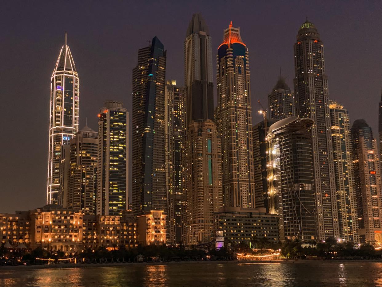 Dubai Marina tytyłowe