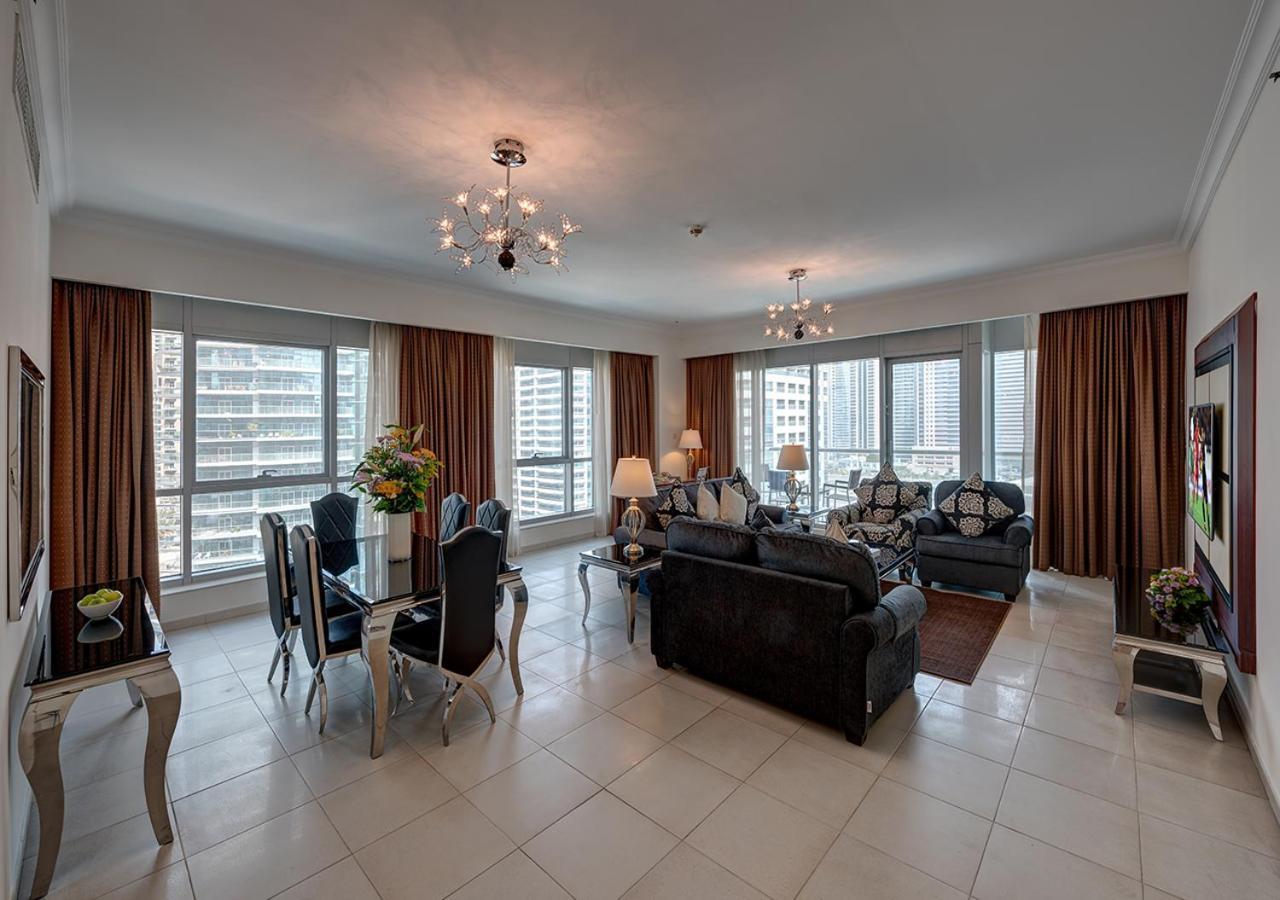 Marina Hotel Apartments_salon