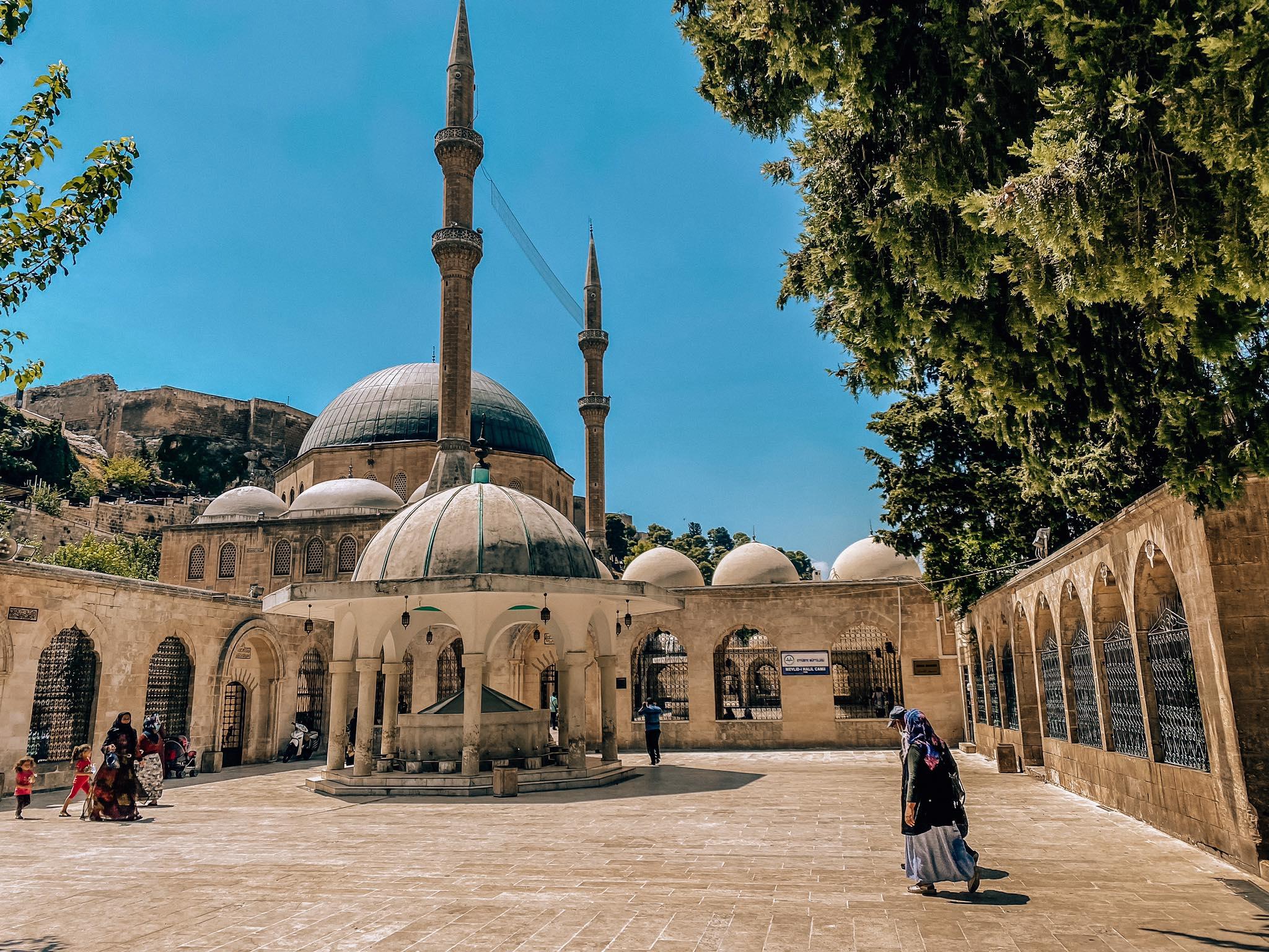 Mevlid i Halil Camii